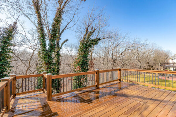 952 NW HIGH POINT DR - 24